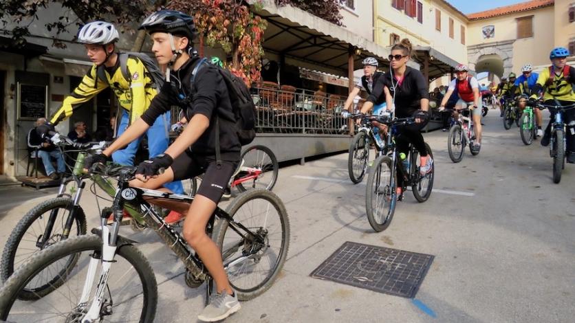 """Kastavci biciklijadom najavili """"Belu nedeju"""""""