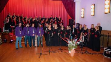 Pjesma, uoči Božića, već desetljećima odjekuje Hreljinom