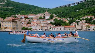 """Veslačice i veslači """"zagospodarili"""" Bakarskim zaljevom"""