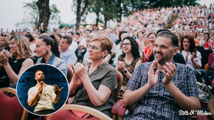 Šarić nasmijao punu Crekvinu i otvorio Festival smijeha