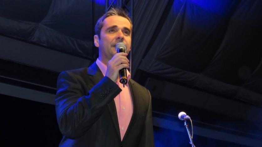 Đani Stipaničev večeras na Ljetnoj pozornici u Kraljevici