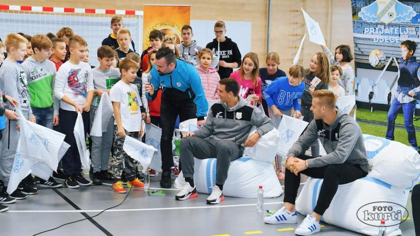 Mali navijači na Hreljinu ugostili nogometaše Rijeke