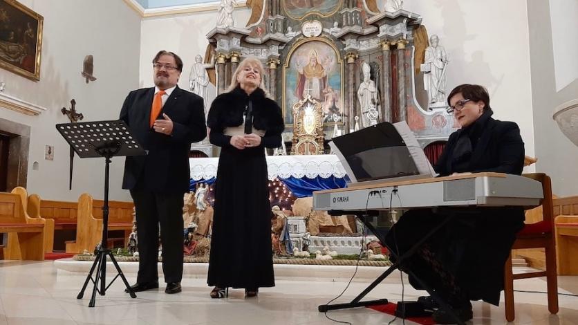 Kraljevičani zapjevali božićne pjesme s obitelji Šober