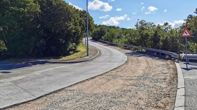 Zbog radova se zatvara cesta Urinj- Sv. Barbara u Kostreni