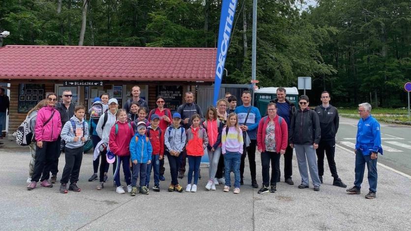 Roditelji i djeca u prirodi- nordijsko hodanje na Platku