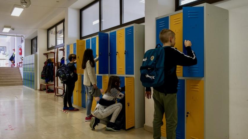 Nova školska oprema razveselila kostrenske učenike