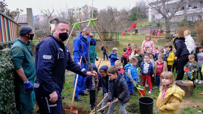 Najmlađi i oni malo stariji sadili stabla diljem Kraljevice