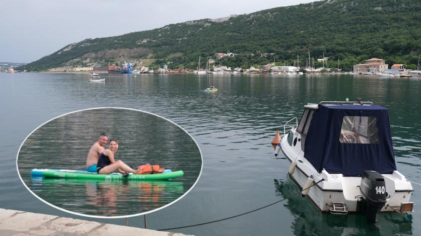 Mađarski par ovih dana uživa u Bakru na neobičan način