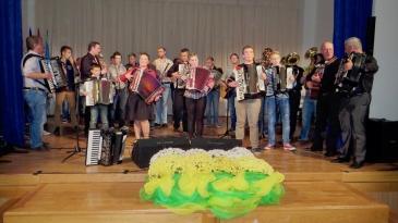 Harmonike još jednom svirale za Igora