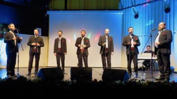 Klapa Šufit raspjevala Bakrane