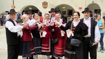 """""""Dan vina i pršuta"""" 1. svibnja u grobničkom Kaštelu"""