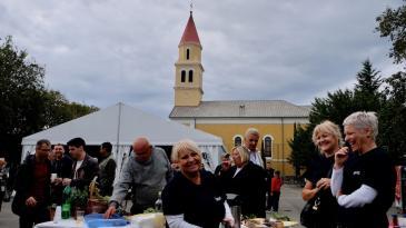 Bela nedilja na Križišću uz mlado vino i opojni miris kotlića