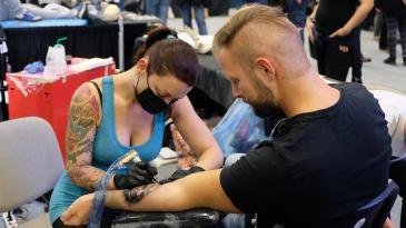 105 renomiranih tattoo majstora stiže u Kostrenu
