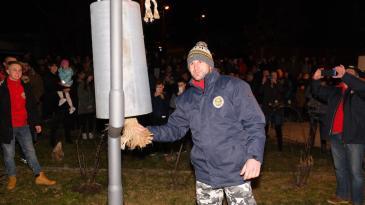 Veliko dondolaško zvono odjeknulo nakon 306 dana tišine