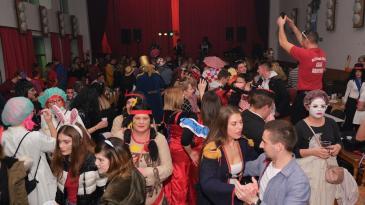 Hreljani i brojni gosti u 5. godišnje doba ušli uz Crescendo