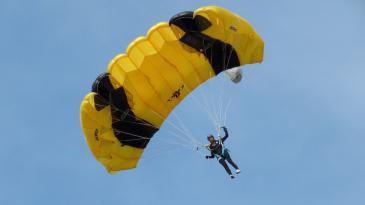 Tečaj padobranstva uskoro na Grobničkom polju