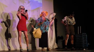 Ri Teatar smijehom ispunio kraljevičku Ljetnu pozornicu