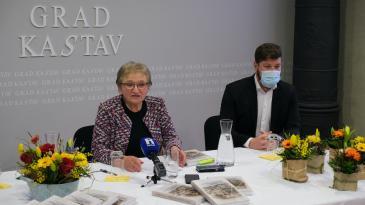 """Predstavljene """"Štorije z Kastafšćini i okole"""" Dragice Stanić"""