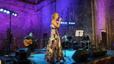 Slavljeničkim koncertom Karin očarala kastavsku publiku