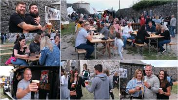 Fešta od pive u Kaštel Grobnik privukla brojne posjetitelje